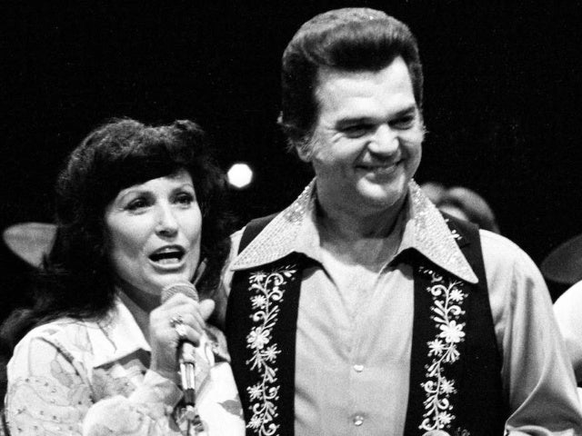Loretta Lynn Remembers Conway Twitty on Anniversary of His Death: 'He Was the Real Deal'
