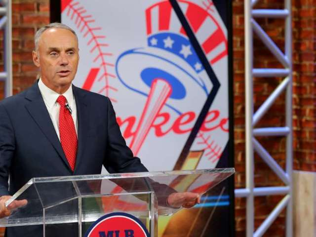 MLB Commissioner Rob Manfred 'Not Confident' 2020 Season Will Happen, Players Not Happy