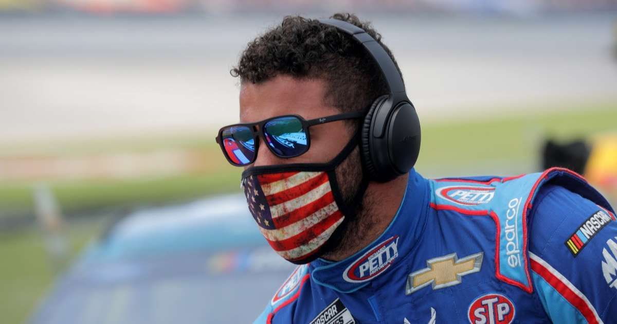 NASCAR sweep garages 11 knows 1 noose Bubba Wallace