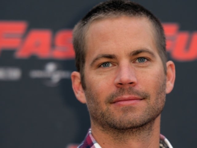 Paul Walker's Daughter Meadow Poses for Face Mask Selfie: 'Stay Safe'
