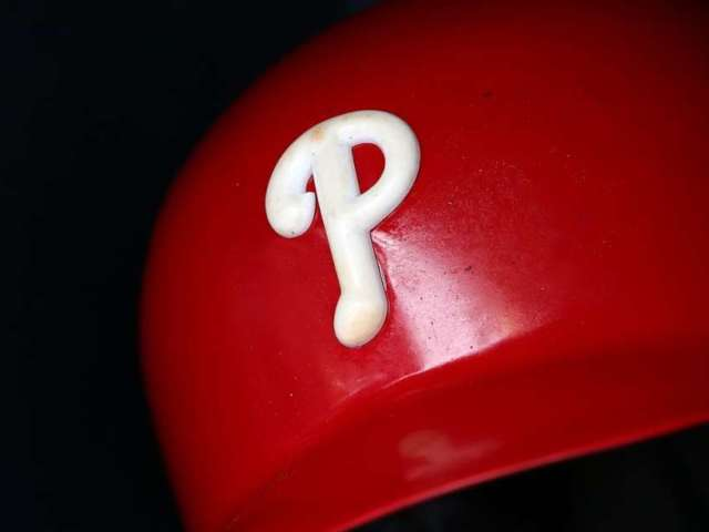 Phillies Have Coronavirus Outbreak With 8 Positive Tests at Camp, Team Facility Closed