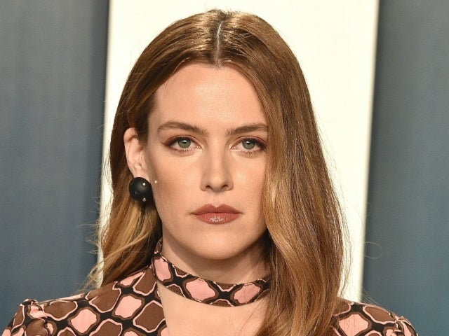 Elvis Presley's Granddaughter Riley Keough Reveals She Finished Training to Become a Death Doula Following Brother Benjamin's Suicide