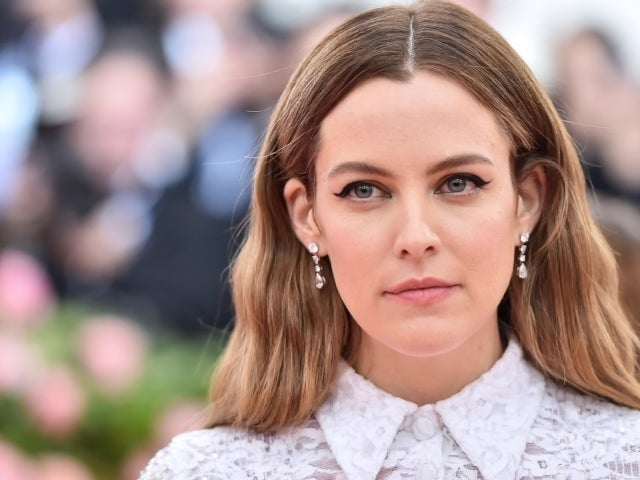 Elvis Presley's Granddaughter Riley Keough Loses Her Bottoms for Bikini Photoshoot With Friends
