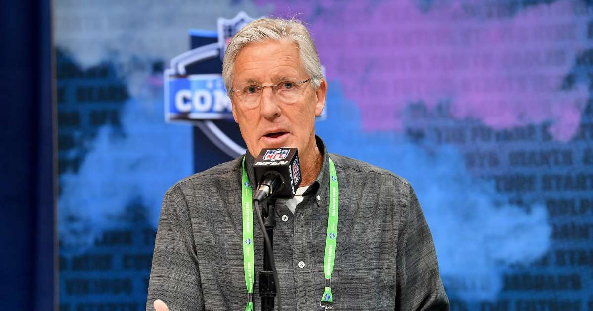 Seahawks coach Pete Carroll praises Colin Kaepernick protesting police brutality we owe him
