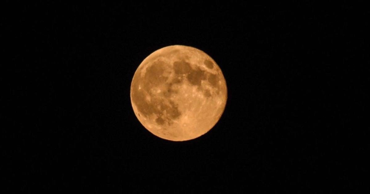 Strawberry Moon-2