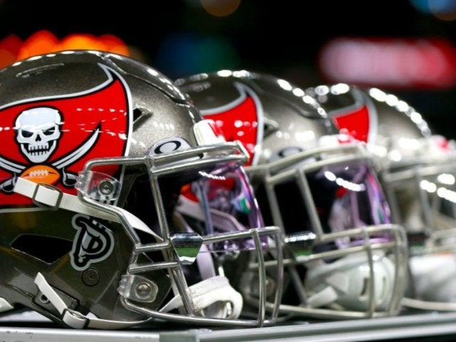 Tampa Bay Buccaneers Assistant Coach Tests Positive for Coronavirus, 2 Others Quarantined