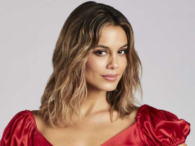 'The Baker and the Beauty' Star Nathalie Kelley Calls ABC 'Tone Deaf' Over Show's Cancellation