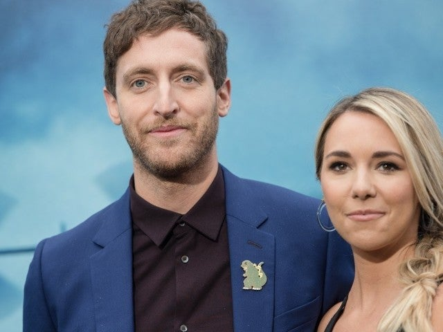 'Silicon Valley' Star Thomas Middleditch and Wife Mollie Gates Break up After Revealing Open Marriage