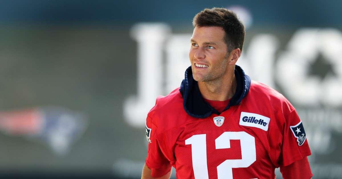 Tom Brady sparks debate social media ignoring NFL rules group workouts