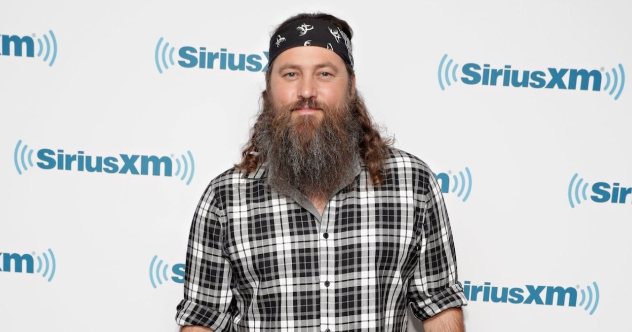 'Duck Dynasty' Star Willie Robertson Gets Candid About Kneeling for National Anthem After Talks With NFL Players