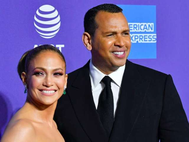 Jennifer Lopez and Alex Rodriguez Withdraw Bid to Buy the Mets
