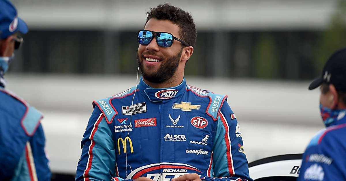 Bubba Wallace emotional moment noose in NASCAR garage