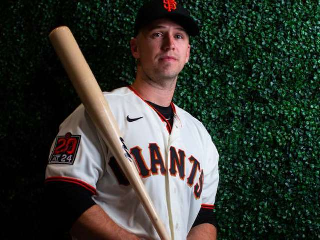 Giants' Buster Posey Adopts Twins in NICU, Opts out of MLB Season