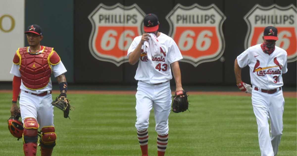 Cardinals Brewers game postponed players test positive coronavirus