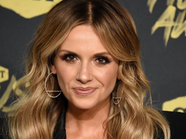 Carly Pearce Is 'Grateful' for Quarantine Amid Michael Ray Divorce