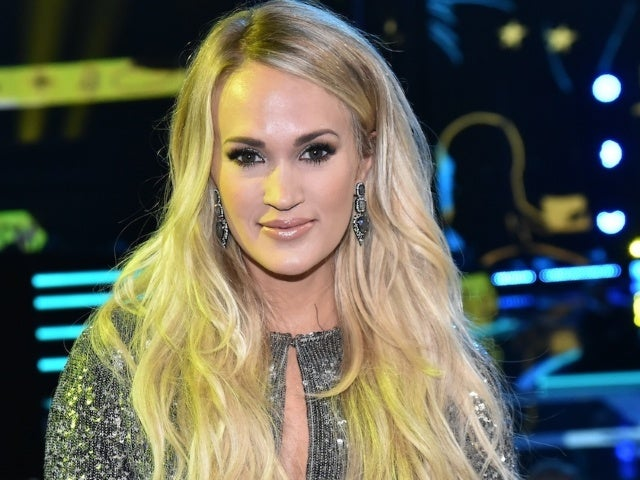 Carrie Underwood Is Afraid of Turtles