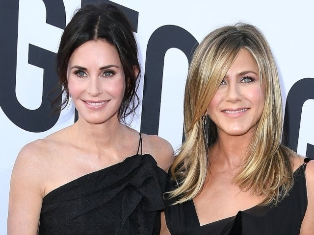 Jennifer Aniston and Courteney Cox Use Friend's Coronavirus Struggle to Urge People to Take Pandemic Seriously
