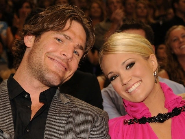 Carrie Underwood Celebrates 10th Anniversary With Mike Fisher With Childhood Photos