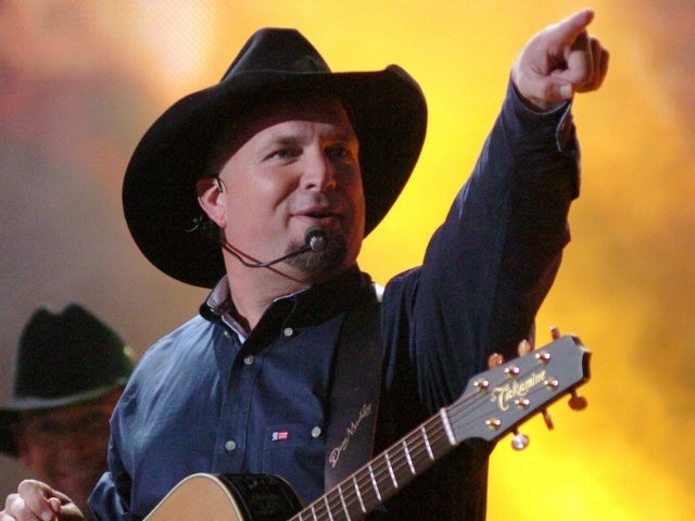 Garth Brooks Reveals Plans to Open Bar on Nashville's Lower Broadway