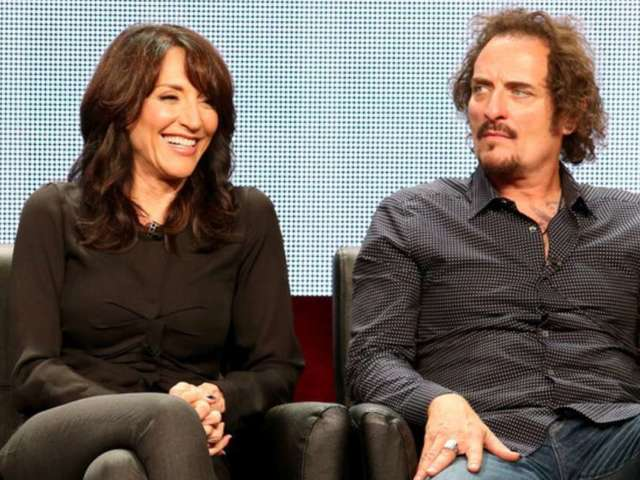 'Sons of Anarchy' Creator Dishes on Gemma and Tig's 'Sexual Tension'