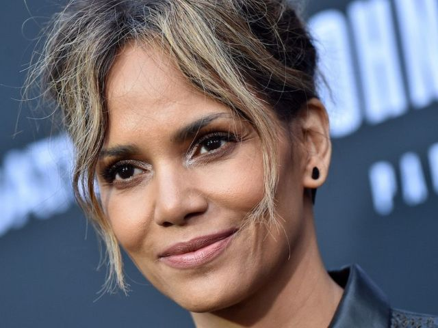 Halle Berry Teases New Mystery Guy in 'Sunday Funday' Post