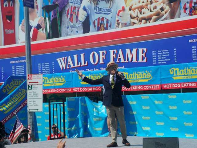 Nathan's Famous Hot Dog Eating Contest Announcer Has Viewers Divided