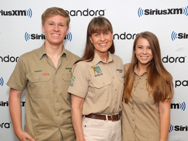 Pregnant Bindi Irwin Pens Touching Note to Brother Robert Irwin: 'You Will Be the Best Uncle'