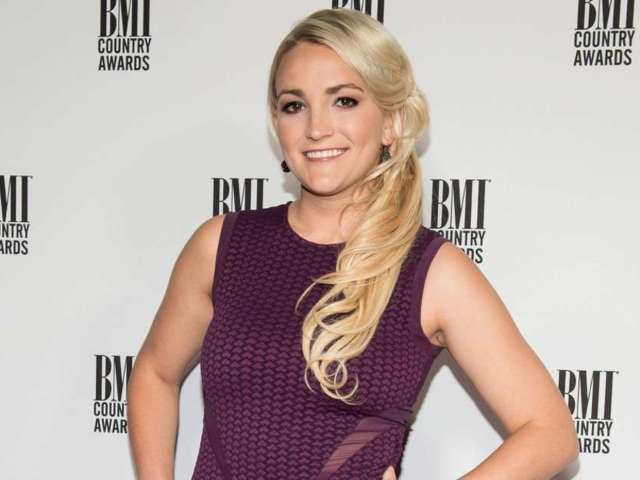 Jamie Lynn Spears Defends Sister Britney Spears Ahead of Conservatorship Hearing