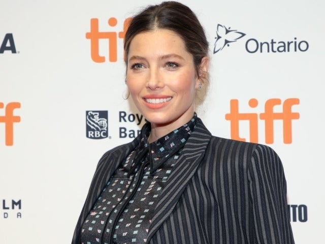 How Jessica Biel Hid Her Pregnancy on Instagram