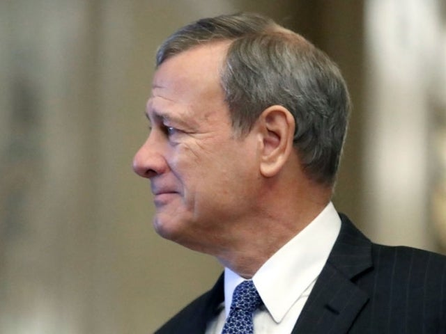 Chief Justice John Roberts Briefly Hospitalized for Head Injury After Fall