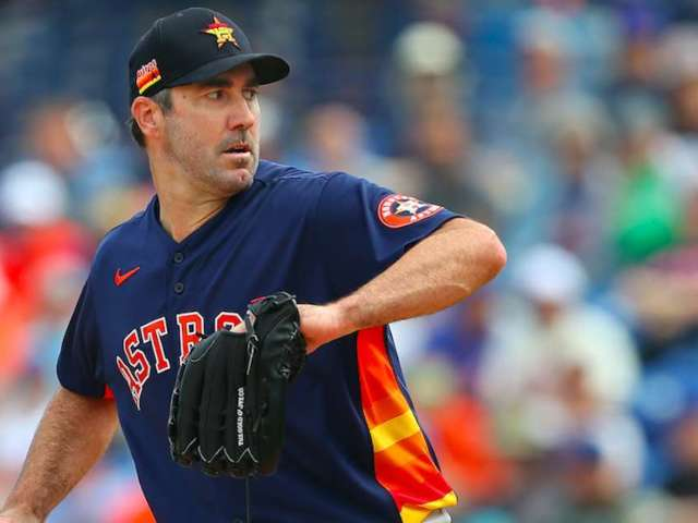 Astros Star Justin Verlander Reportedly Suffers Season-Ending Injury, and Fans Are Losing It