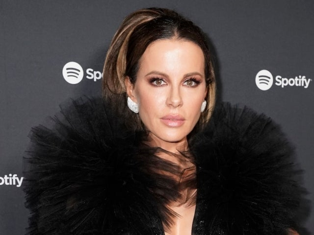 Kate Beckinsale Claps Back at Person Saying She Dates Men Who Could Be Her Children