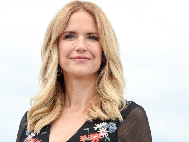 Kelly Preston: Photos Through the Years