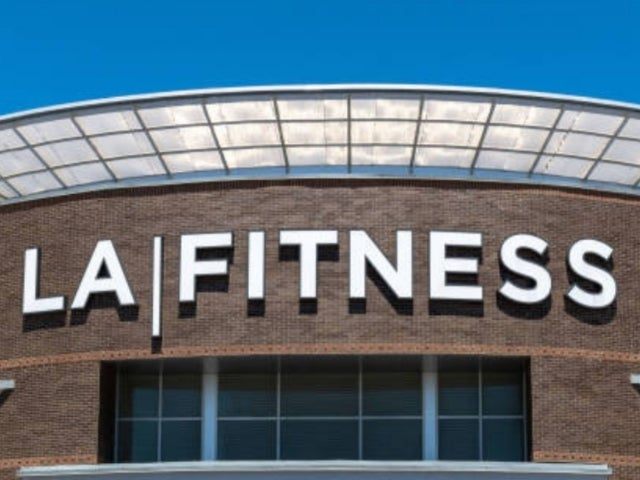 LA Fitness Blasted by Members Over 'Freeze' Fees Amid Mass Reopenings Across US, Canada