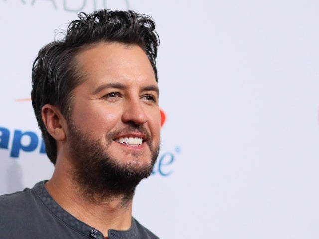 Luke Bryan Calls Carrie Underwood Not Winning CMA Entertainer of the Year Honor 'Disturbing'