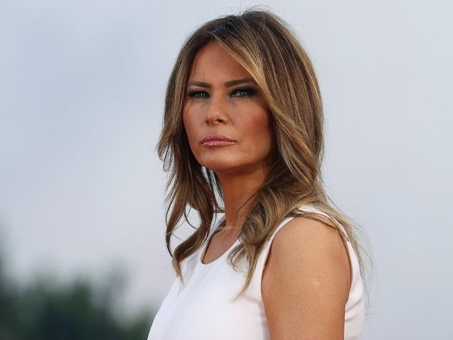 Melania Trump Bashing Christmas Decorations Sparks Spirited Response From Americans