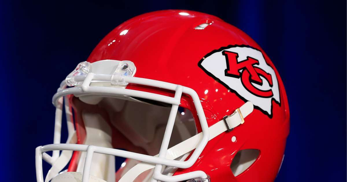 NFL allow players honor racism victims names helmets