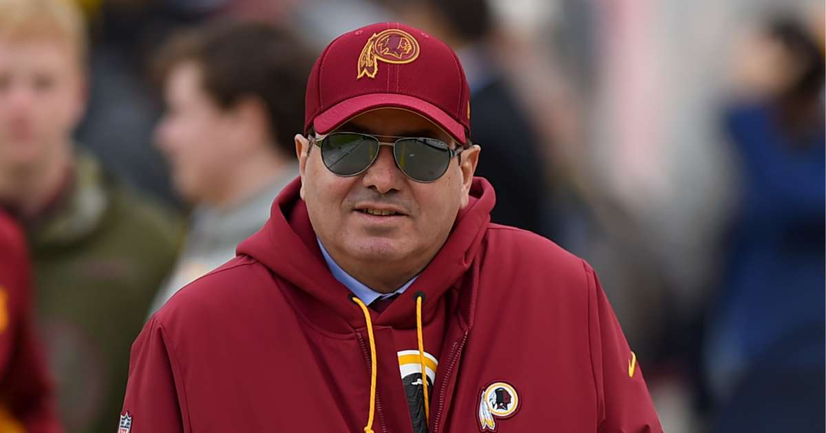 NFL Fans call out Dan Snyder amid sexual harassment scandal