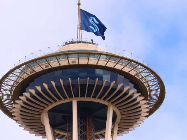 NHL Expansion Team Seattle Kraken Reveal Logo, Uniforms and Social Media Explodes