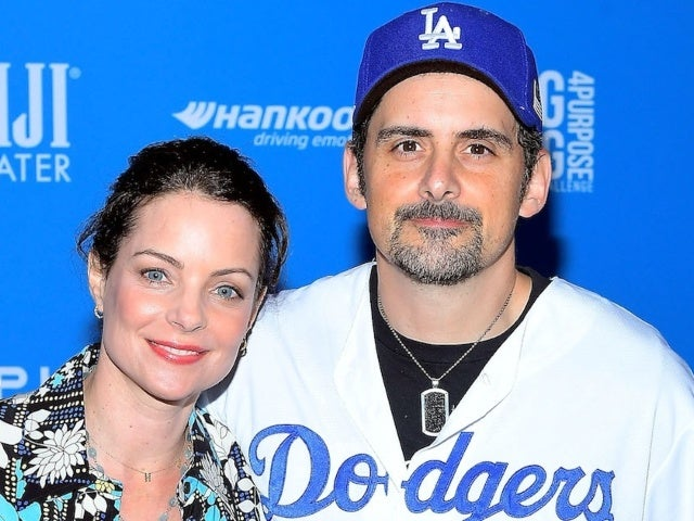 Brad Paisley and Kimberly Williams-Paisley Are Two of the 'Fans' in Dodger Stadium