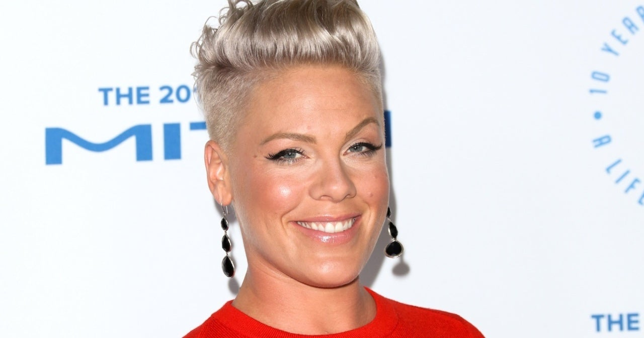 Pink Moved to Tears After High School Choir Teacher Pays Tribute to Her in Song.jpg