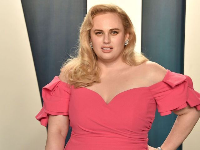 Rebel Wilson Flaunts Dramatic Transformation With 'Hottest Day of the Year' Photo