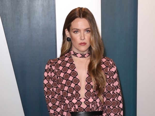 Riley Keough Shares Photos From Thanksgiving Weekend With Friends and Family