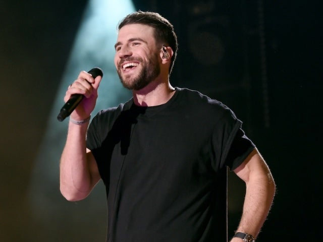 Sam Hunt Takes No. 1 Spot With 'Hard to Forget'
