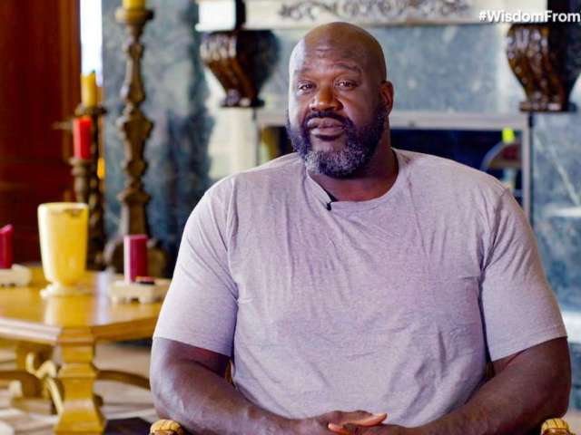 Shaquille O'Neal Pulls Over to Aid Stranded Driver in Florida