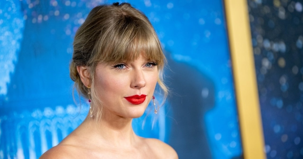 Taylor Swift Slams Netflix Show 'Ginny & Georgia' for 'Lazy, Deeply Sexist Joke' About Her.jpg