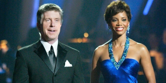 tom-bergeron-lisa-canning-dwts-dancing-with-the-stars-getty