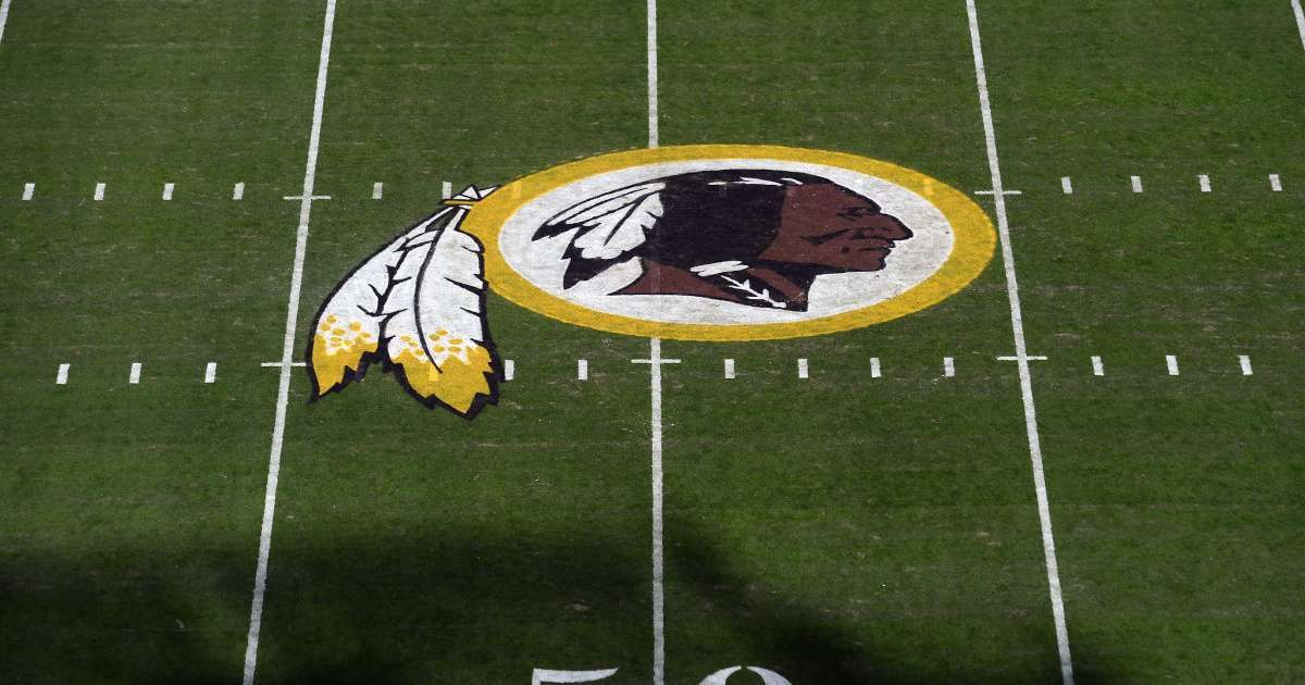 Washington Redskins remove native American Image from logo