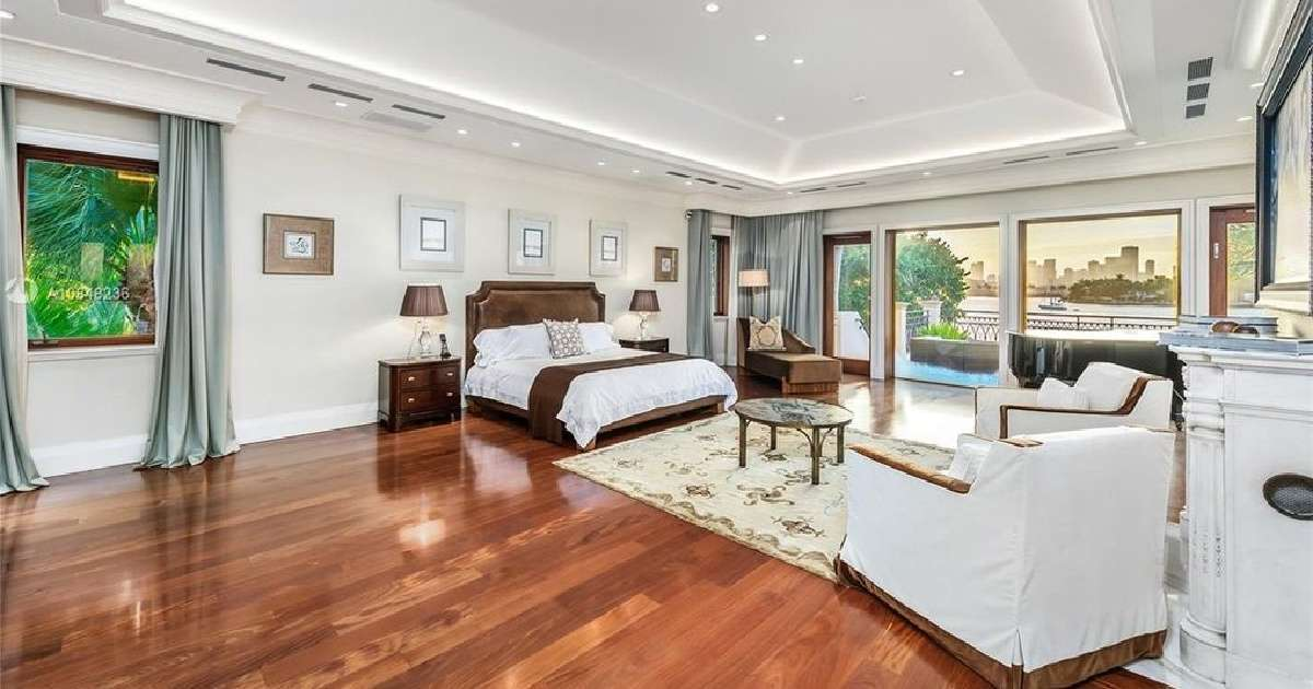 Alex Rodriguez Jennifer Lopez Miami Island estate bedroom