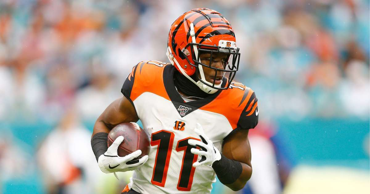 Bengals John Ross leaves camp son tests positive coronavirus